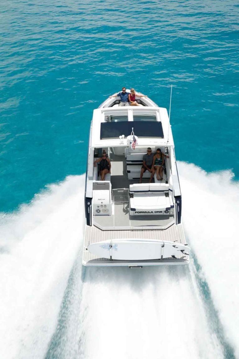 tekne -bowrider - formula 380-SSC